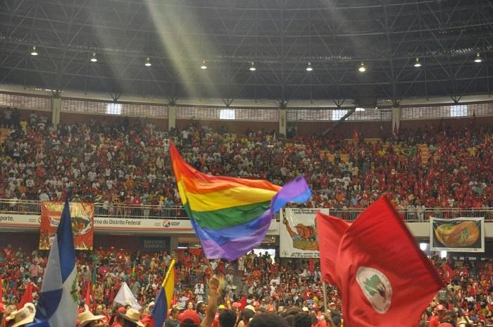 MST - Brasília - Bandeira LGBT