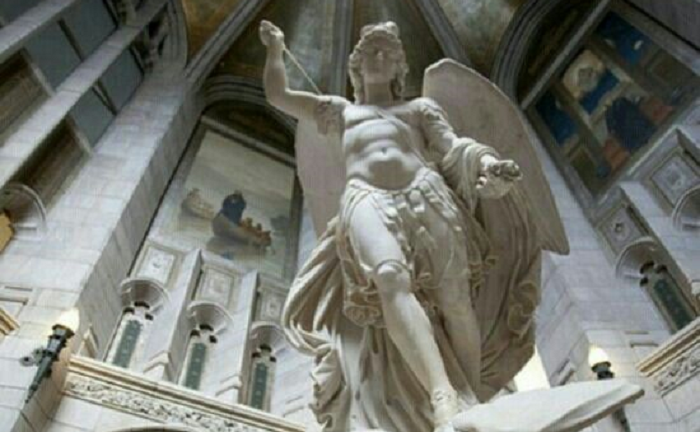 Leão XIII e o Exorcismo de São MiguelArcanjo