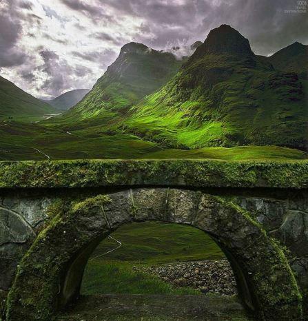 Local em Glen Coe (Highlands, Escócia)