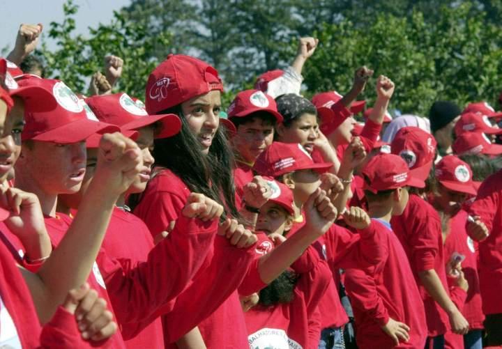 Doutrinação maciça do MST voltada a crianças